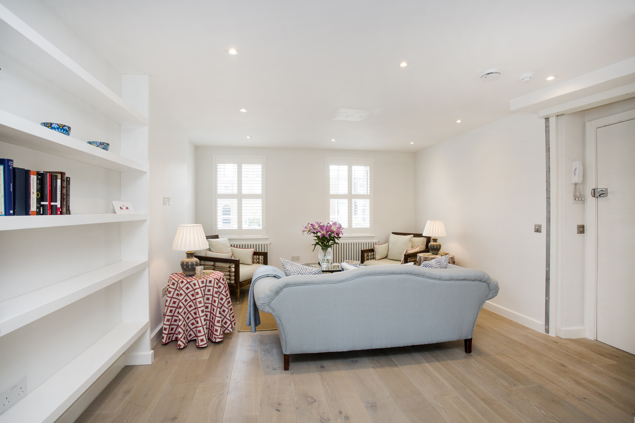 Contemporary and bright 3 bedroom house in a residential area of Clapham