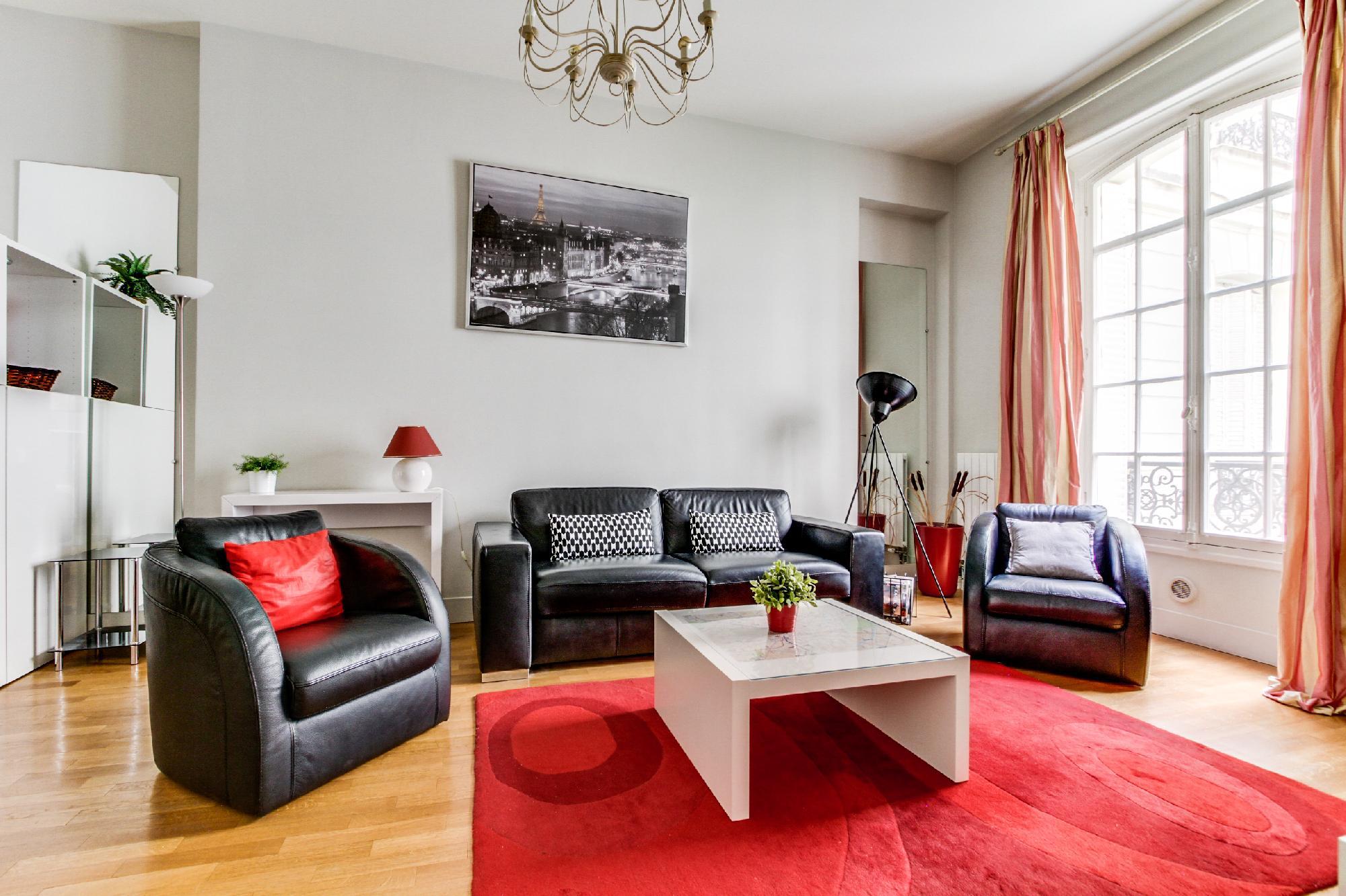 Champs Elysées - Paul Baudry 1 bedroom