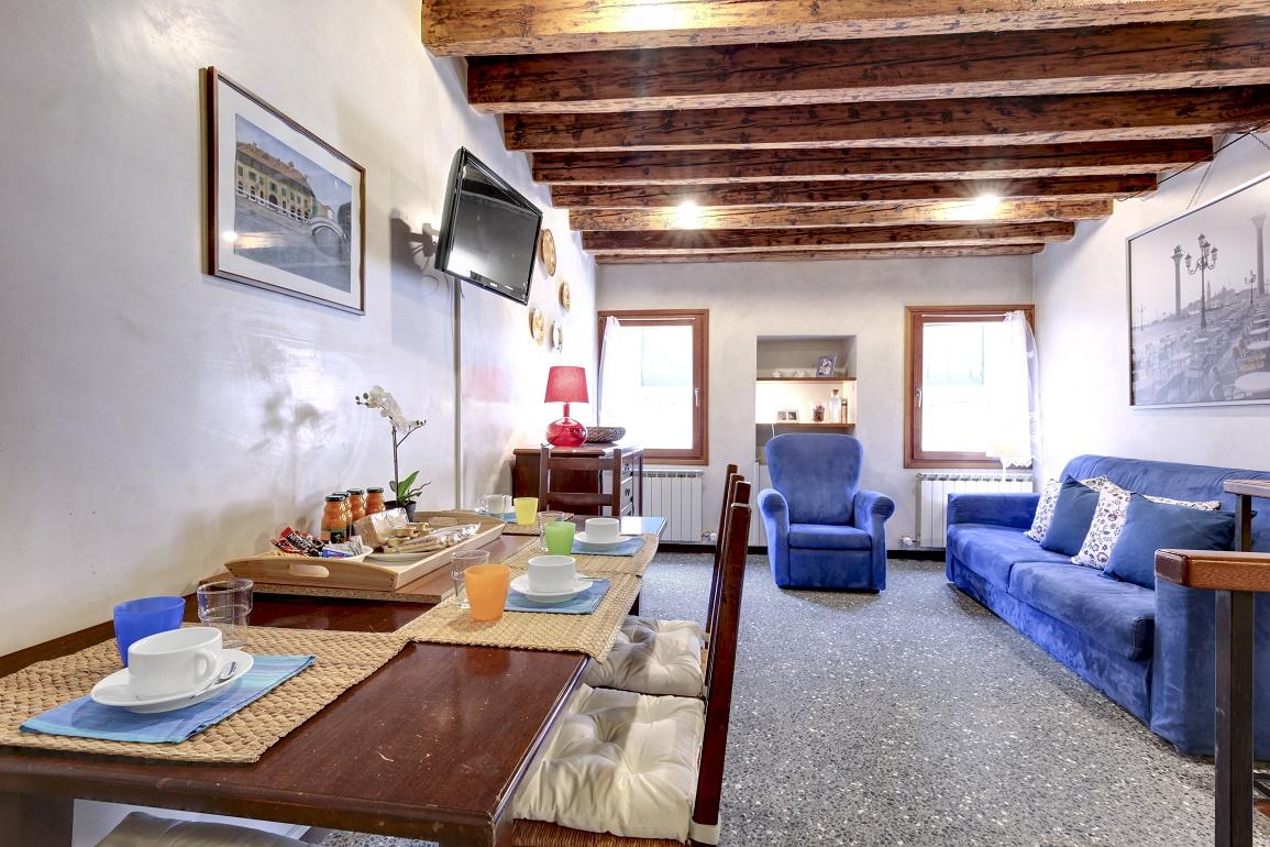 GUGGENHEIM COLLECTION VENICE APARTMENT