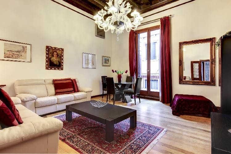 Bosso Palace Venetian Apartment