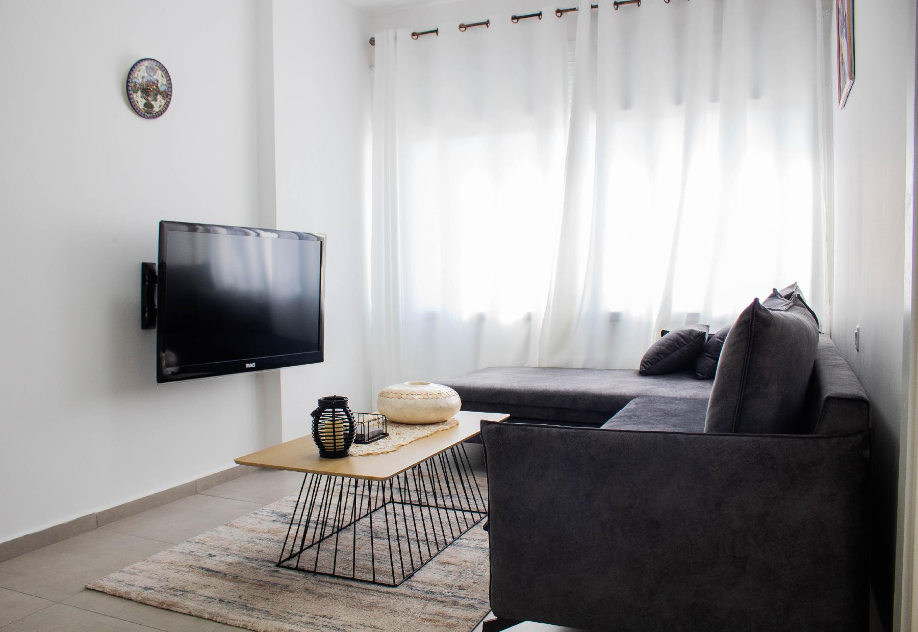 Cosy & Modern 3BR footsteps away from Basilica
