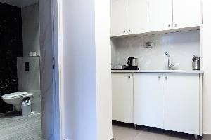 Design 1 BR Downtown apartment with City view