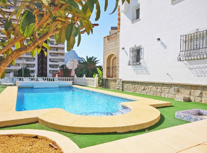 Villa Caleta - Plusholidays