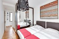 lovely Brussels - Louise Stephanie II luxury apartment