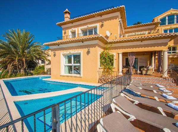Villa Encanto - Plusholidays