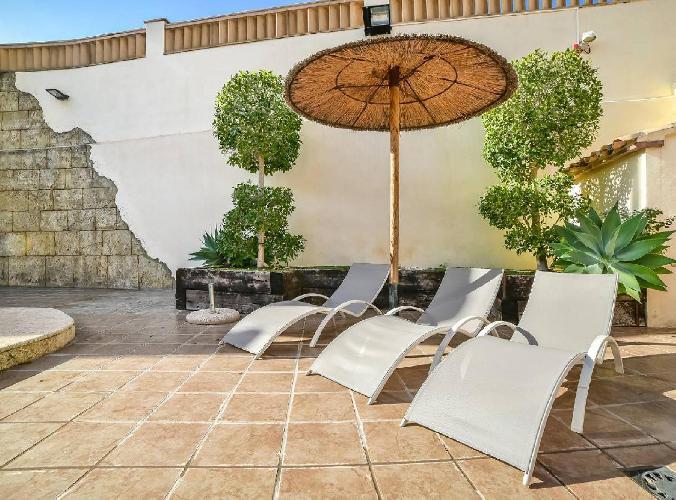 Villa Alhambra - Plusholidays