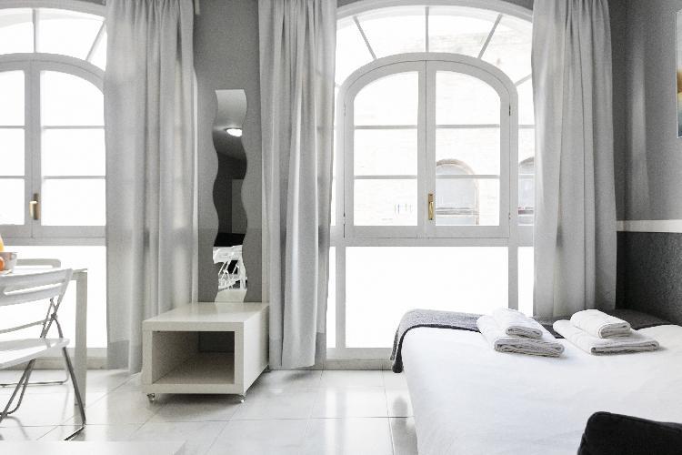 (GG1632) BARCELONA|BRIGHT 1 BEDROOM APT @ PASEODEGRACIA ¦