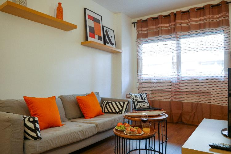(Llu5)3 bedroom apartment for 5 people