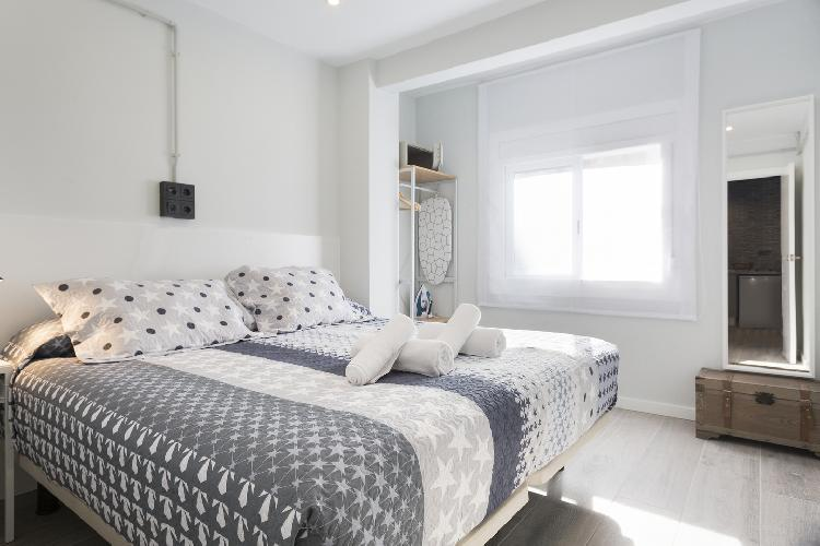 (LL44B) BARCELONA | CONTEMPORARY APT NEAR FCB CAMP NOU¤