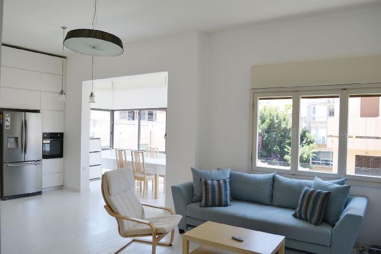 Appartement Jolie | Tel Aviv | Neve Tzedek | Engel St. | Minimal 1BR | #TL7