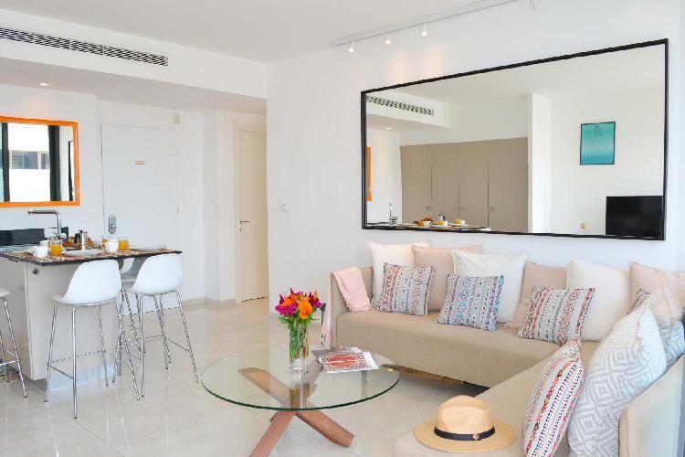 Apartment Saphir | 2BR | Tel Aviv | Florentin | Ma'on St | #TL30