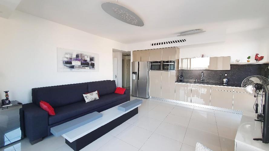 Apartment Emeraude | 2BR | Tel Aviv | Florentin | Ma'on St | #TL16