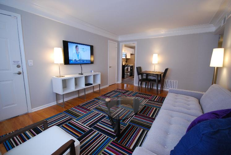 The Big Awesome 2BR/1BA Condo (H) - Includes Bi-weekly Cleanings w/ Linen Change