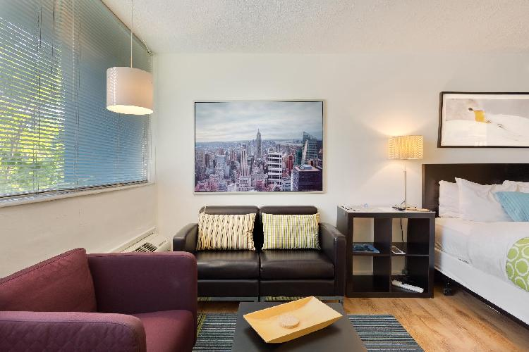 Cool Classic Studio Apartment (J) - Includes Weekly Cleanings w/ Linen Change