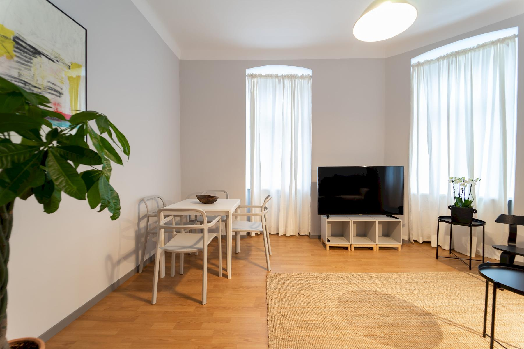 Modern and Bright Apartment - CLOSE TO CITY CENTRE