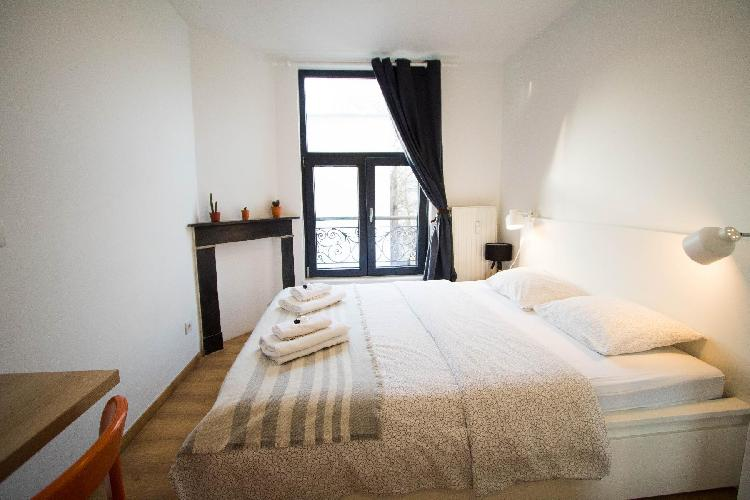 Unit 9 - Vibrant Room near Avenue Louise Best Location