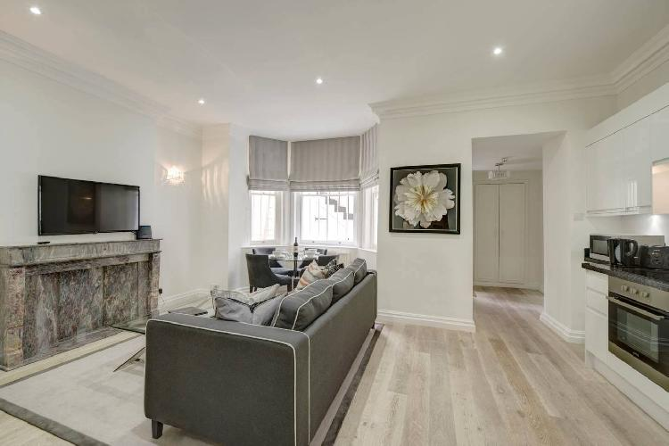 Beautiful One Bed Apartment- Lower Ground Floor