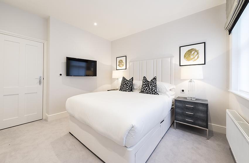 Luxury Two Bedroom Apartment With En-suites In Hammersmith - Flat 122 (Lower Ground Floor)