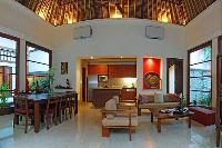 fabulous Bali - Jimbaran-Beach Villa luxury apartment