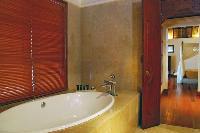 fabulous bathroom with tub  in Bali - Jimbaran-Beach Villa luxury apartment