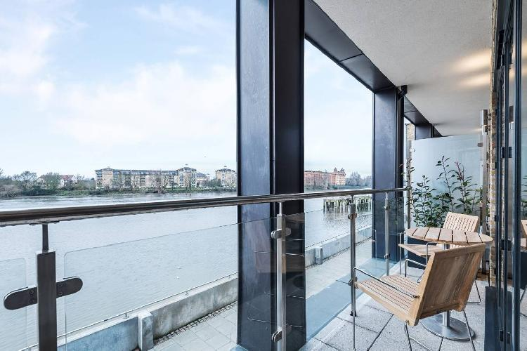Designer Townhouse with Panoramic River Views