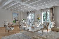 sunny and airy Notre Dame - Colbert Suite luxury apartment