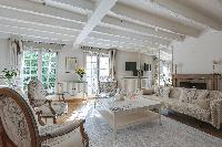 airy and sunny Notre Dame - Colbert Suite luxury apartment
