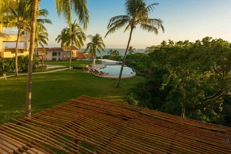 Gated Ocean View Condo with Premier Membership & Access to 4 Beach Clubs
