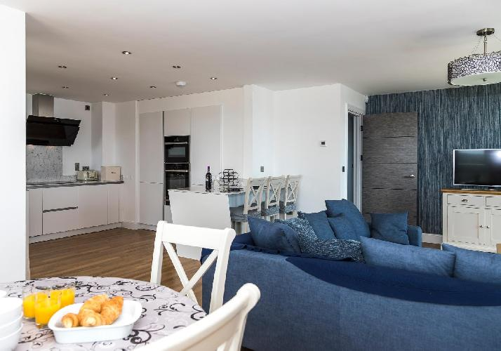8 Waterstone House, South Beach, Tenby