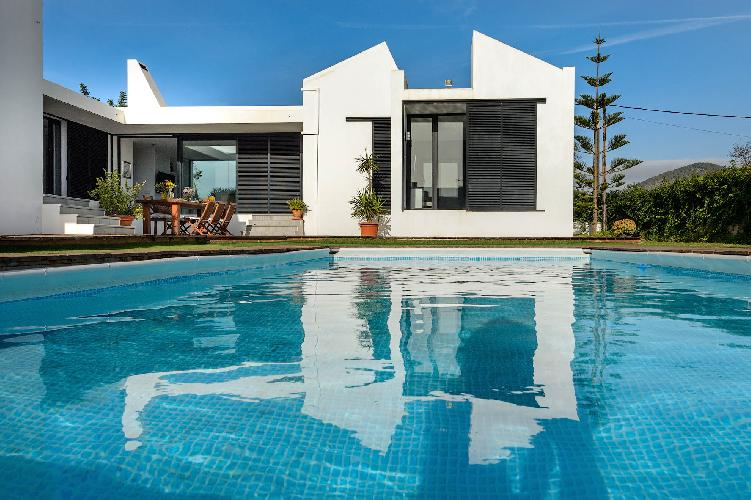 New! Villa Anur