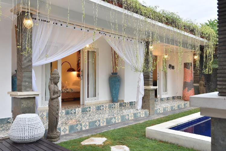 VILLA BAMBOO - Great location pool villa in Seminyak