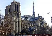 Cathédrale Notre-Dame de Paris near the Paris luxury apartment