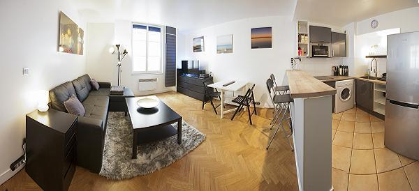 1-bedroom Paris luxury apartment with a spectrum of colors and contemporary furniture