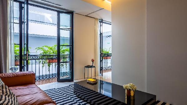PIER 57 610 MOST Luxury & Modern at Romantic Zone