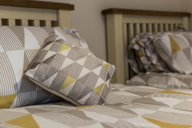 Seagulls Nest - 2 Bedroom Apartment - Tenby