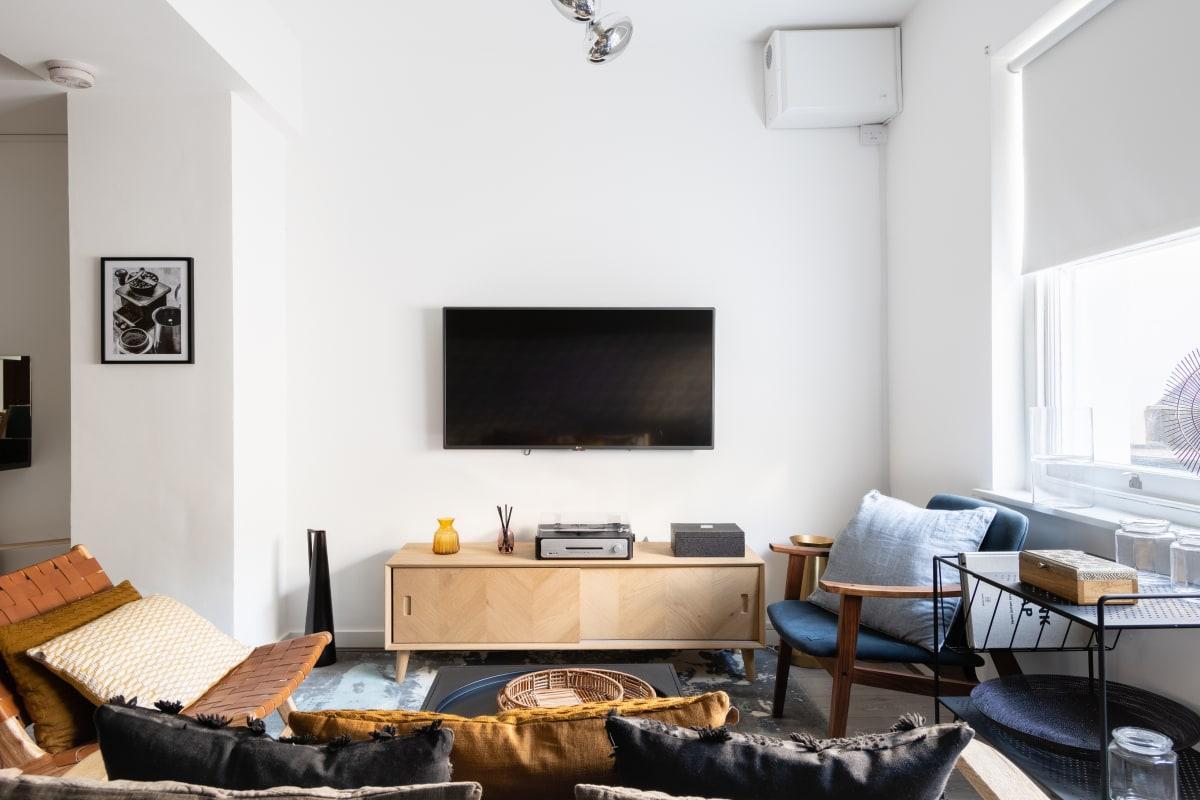 The Pimlico Terrace - Modern 3BDR Apartment next to Victoria