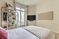 fresh bed sheets in Saint Germain des Prés - Luxembourg Guynemer luxury apartment