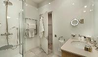 clean bathroom in Trocadero - Luxury Poincaré luxury apartment
