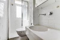 clean bathroom in Saint Germain des Prés - Petit Sevres luxury apartment