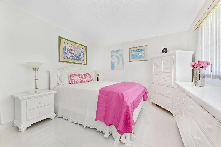 cool balcony of South Palm Beach luxury apartment, vacation rental