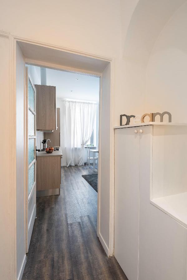 Oberon - Bright Cso Sempione Aparthotel Serviced-