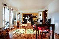 sunny 1-bedroom Paris luxury apartment