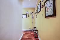 hallway in a 1-bedroom Paris luxury apartment