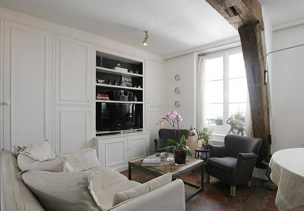 1-bedroom Paris luxury apartment with clean black and white interiors