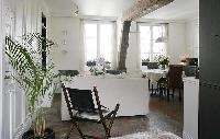 cozy 1-bedroom Paris luxury apartment