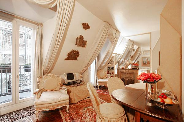 classic studio luxury apartment in Paris