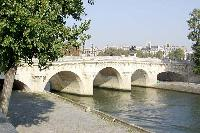 the River Seine near Saint Germain des Prés - Dauphine Studio luxury apartment