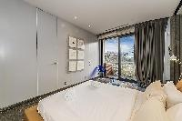 cool bedroom with a view at Tour Eiffel - Trocadero Albert de Mun