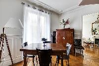 awesome dining area in Passy - Trocadero II luxury apartment