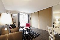 fully furnished Trocadero - Sablons luxury apartment